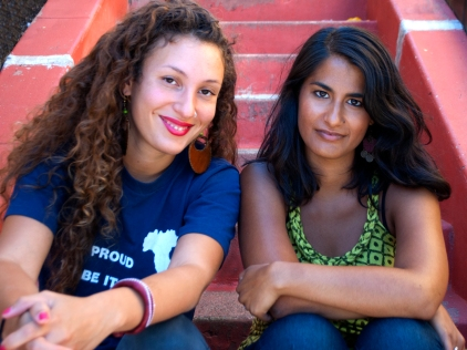 Photo caption: Marcelitte Failla (left) and Anoushka Ratnarajah (right), co-creators of Toasted Marshmallows, traveled to Oakland in August to interview other mixed-race women for the project. (Photo: Ana María Agüero Jahannes)