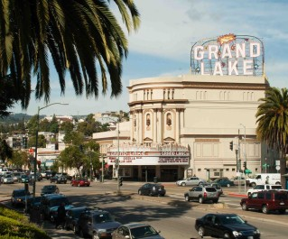Oakland's Grand Lake Theatre will host a new series of short films, Oakland Originals, next week. (Photo: Elliot Owen)